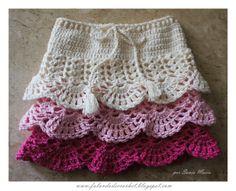 """FALANDO DE CROCHET"": SAIA DE CROCHE INFANTIL Crochet Toddler, Crochet Baby Clothes, Crochet For Kids, Easy Crochet, Crochet Skirt Pattern, Crochet Skirts, Knitting Patterns, Crochet Patterns, Skirt Patterns"