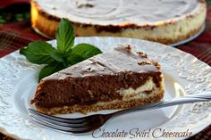 Mommy's Kitchen: Crock Pot Chocolate Swirl Cheesecake & White Chocolate Strawberry Cheesecake