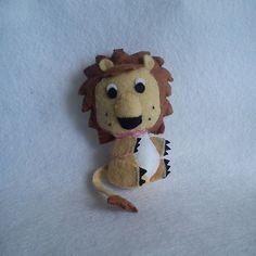 León de fieltro en llavero o broche, Miniaturas y muñecas, Animales - www.annajois.es