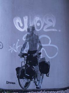 Mural pod Trasą Siekierkowską, Warszawa, 2010, fot. A. Robotycki// #Mural - Trasa Siekierkowska, Warsaw, 2010. #streetart #warszawa