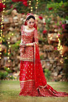 Bunto kazmi outfit Farooqi wedding valima 4 - Irfan Ahson Photos width=