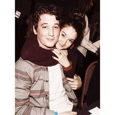 """Divergent: Aw Miles (Peter) and Shailene (Tris), cute (: it's kinda funny they stared in a movie together it's called """"The spectacular now"""" and they fall in love. Now they have to hate each others guts. Divergent Trilogy, Divergent Insurgent Allegiant, The Spectacular Now, Miles Teller, Veronica Roth, Shailene Woodley, Cute Celebrities, The Fault In Our Stars, Ya Books"""