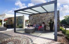 Moderne Terrassenüberdachung mit Aluminium-Chic.