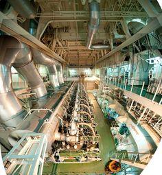 Awesome panoramic photography inside a ships engine room! via @gcaptain - ShipsinPics