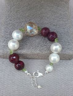 Created ruby, shell pearl and champagne crystal bracelet, Handcrafted bracelet from Spain, statement bracelet, gift for her