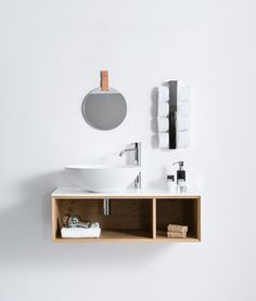 Quattro Zero of Falper via Architonic Modern Sink, Modern Bathroom, Small Bathroom, Jacuzzi Tub, Bathtub Shower, Toilet Room Decor, Traditional Bathtubs, Compact Bathroom, Vanity Units
