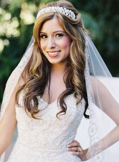 We hand-picked 36 gorgeous wedding hairstyles for you to get inspired for your big day! Wedding Hair Down, Wedding Hair And Makeup, Wedding Beauty, Wedding Hair Accessories, Bridal Makeup, Veil Hairstyles, Wedding Hairstyles With Veil, Hairstyle Wedding, Hairstyle Ideas