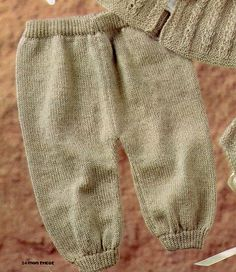 Post by Cordelia at Balkissock Baby Boy Knitting, Baby Knitting Patterns, Crochet Slippers, Knit Crochet, Knit Baby Sweaters, Baby Pants, Baby Cardigan, Couture, Google