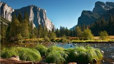 Wallpaper Merced River and El Capitan in Yosemity Valley