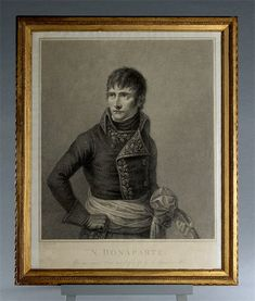 Young Napoleon Bonaparte as First Consul from the early 19th Century. Engraving and stipple engraving on ivory wove paper by the celebrated Italian engraver Francesco Bartollozzi (1727 - 1815) after Andrea Appiani (1754 - 1817). 19th century water gilded frame. Circa 1802.