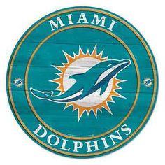 Football Wreath, Nfl Football Teams, Football Memes, Football Art, Vintage Football, Nfl Sports, Sports Teams, Dolphin Memes, Dolphin Painting