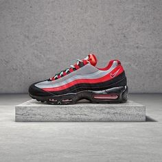 Nike Air Max 95 Merseyside Collection http://thesolesupplier.co.uk/closer-look/nike-air-max-95-merseyside-collection/
