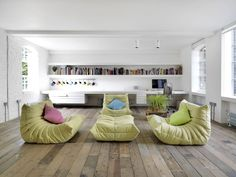 Loft – a warehouse in Bermondsey district - Living room and home library