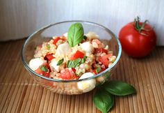 Mozzarellás bulgursaláta   NOSALTY Beverages, Drinks, Salad Dressing, Mozzarella, Pasta Salad, Potato Salad, Food And Drink, Cooking, Ethnic Recipes