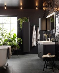 16 lekre nyheter til badet Feminine Bathroom, Small Bathroom, Bathrooms, 3d Tiles, Wall Tiles, Bad Inspiration, Bathroom Inspiration, Lime Paint, Clawfoot Bathtub
