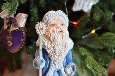 """Моя работа: """" Дед Мороз"""", игрушка из ваты."""