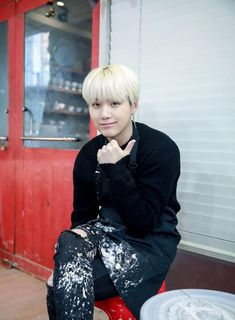 SUGA(also cute Asian guys search still not surprised at all)❤️