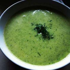 Hiszpańska zupa-krem z cukinii