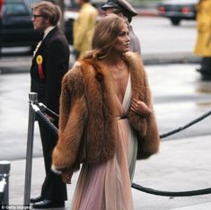 Timeless: Lauren Hutton's 1975 Oscars dress wouldn't look out of place on the 2016 red carpet