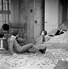 American actors Dick Van Dyke & Mary Tyler Moore, who play married couple Rob and Laura Petrie, appear in a scene from the 'It May Look Like a Walnut' episode of 'The Dick Van Dyke Show,' January 15, 1963.