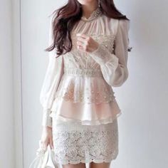 Fashion Beads Flouncing Hemline See-through Long-sleeved Lace Shirt Tops