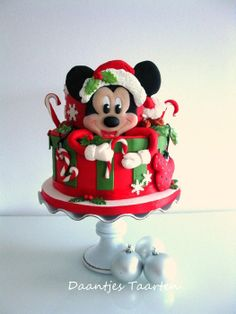 Mickey's Christmas - by Daantje @ CakesDecor.com - cake decorating website