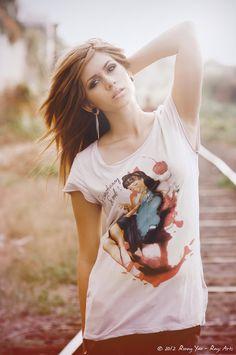 Modelo: Valeria   ©2012 Ronny Yax · Rays Arts