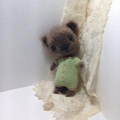 Little crochet brown cat with mint jumpsuit fluffy от LozArts