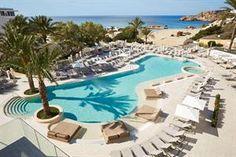 Spanje Ibiza Sant Josep De Sa Talaia  Uitzicht. Daar draait het om in TUI SENSATORI Resort Ibiza. Want op bijna iedere plek in dit hotel is het uitzicht op de baai nog mooier. Wellness entertainment topkwaliteit buffetten Alles...  EUR 973.00  Meer informatie  #vakantie http://vakantienaar.eu - http://facebook.com/vakantienaar.eu - https://start.me/p/VRobeo/vakantie-pagina
