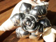 Cute rose flower engrave spacer finding charm door kekugicrafts, $4.50