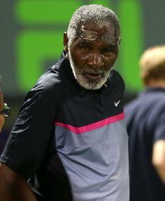 Mr. Richard Williams, Vee & Ree's Dad, in the stands watching Venus under the lights. #TennisGenius