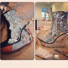 broken mirror pieces + glue = freaking awesome cracked mirror shoes! sooo making these :D