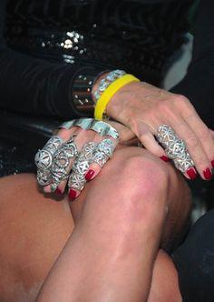 la modella mafia Daphne rings
