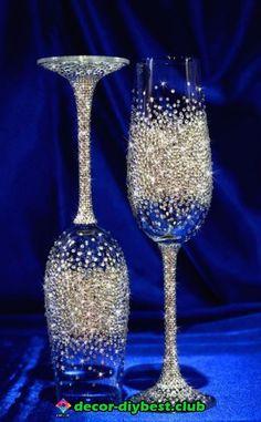 CRYSTAL wedding glasses Set of 2 Swarovski by newcrystalwave Glitter Wine Glasses, Wedding Wine Glasses, Diy Wine Glasses, Decorated Wine Glasses, Wedding Champagne Flutes, Painted Wine Glasses, Wine Glass Crafts, Wine Bottle Crafts, Wine Glass Designs