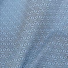 Très beau tissu japonais épais bleu motif étoiles asanoha  noir 103x50cm