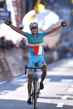Vincenzo Nibali (Astana) wins the last Monument of the season Il Lombardia 2015 (Tim de Waele/TDWSport.com)