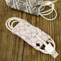 DIY charging wire pouch - how to keep cords organized - Fabric Editions Fabric Palette Cord Keeper - easy sewing projects for beginners