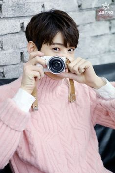 The only photographer I would want Cute Korean, Korean Men, Korean Actors, K Pop, Cha Eunwoo Astro, Lee Dong Min, Astro Fandom Name, Pre Debut, Cha Eun Woo