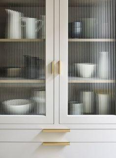 Kitchen Interior, Kitchen Decor, Kitchen Design, Kitchen Ideas, Design Café, House Design, Design Homes, Martin Moore Kitchens, Bar Sala