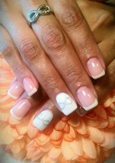 Light Elegance gel Infinity ring inspired *nails