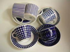 Stig Lindberg for Gustavsberg Vintage Cups, Vintage Tea, Porcelain Ceramics, Ceramic Pottery, Stig Lindberg, Blue Plates, China Patterns, Vintage Pottery, Ceramic Painting