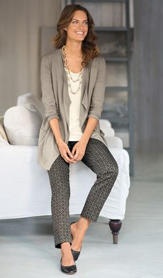 Soft-luxe draped cardigan, easy A-line tank, perfect side-zip print ankle pants, Gee'WaWa® for J.Jill scalloped-edge ballet flats, and acai beads necklace | www.jjill.com