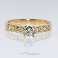 Respira. Zambeste. Admira. Frumusetea pura e peste tot in jurul nostru.   http://www.valmand.ro/inel-de-logodna-din-aur-cu-diamante-056didi
