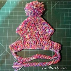 Free Crochet Pattern ~A Silly Hat For My Silly Dog  http://www.niftynnifer.com/2015/01/free-crochet-pattern-silly-hat-for-my.html #Crochet #Hat #Dog