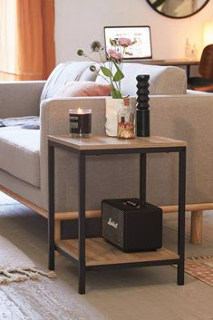 Side Table Designs for Living Room. 20 Side Table Designs for Living Room. 20 Best Diy Side Table Design Ideas for Awesome Living Room Side Table Decor, Table Decor Living Room, Living Room End Tables, Living Room Modern, Bed Side Table Ideas, Industrial Side Table, Metal Side Table, Modern Side Table, Industrial Style