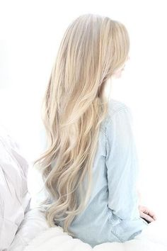 Long Blonde Hair Goals on @kassinka. In this dreamy picture, Kassinka is wearing her #LuxyHairExtensions that have been toned to match her hair ideally.