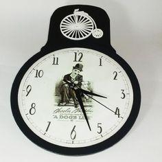 Relógio de parede em MDF 24 x 35 cm com découpage |