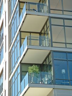 Commercial Glass Railing - Hansen Architectural Systems