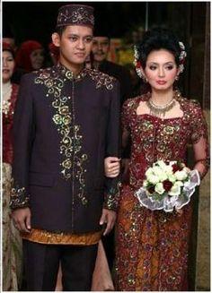 WEDDING: Indonesian Wedding Dresses.Java Dress