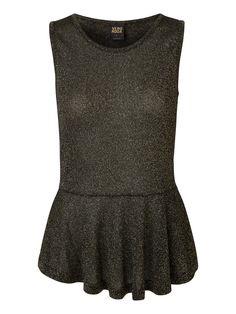 Peplum glitter top from VERO MODA. We love party wear! #veromoda #glitter #fashion